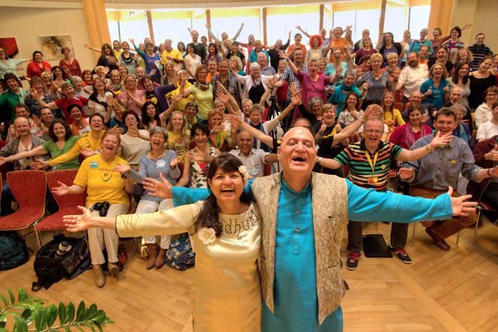 Lachyoga-Kongress 2014 in Salzburg mit Madhuri und Dr. Madan Kataria, Foto: E.Griebeling